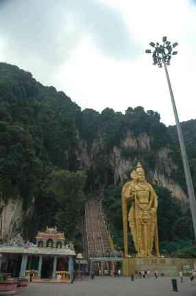 The long walk to Batu Caves