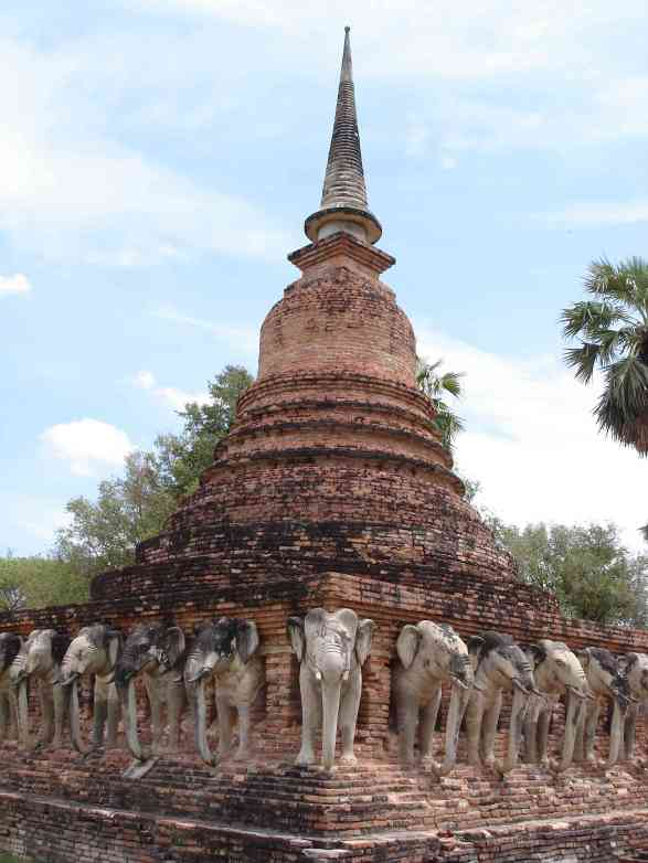 A very well-preserved elephant chedi at Sukhothai