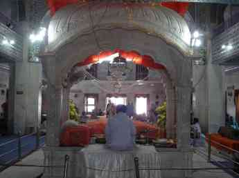 The Sikh priest at Paonta Sahib