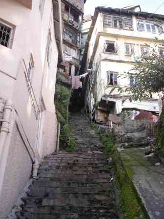 Walking the alleys of Shimla