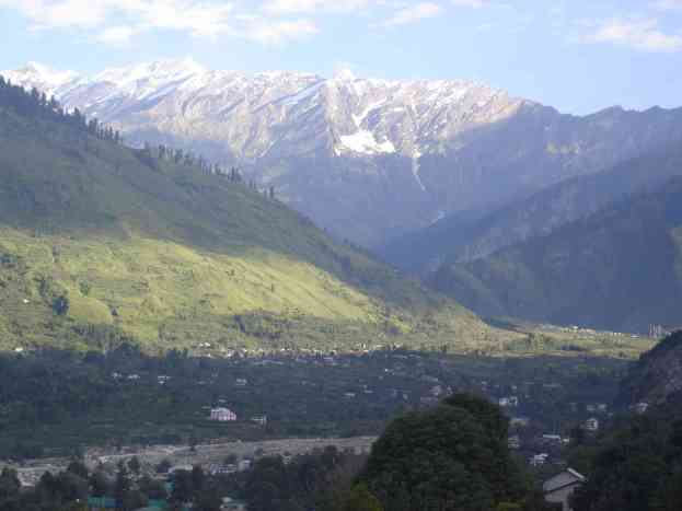The view from my Manali guesthouse rooftop and the direction I would soon cycle