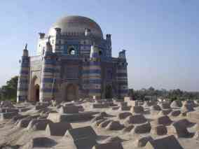 A tomb in the ancient city of Uch Sharif